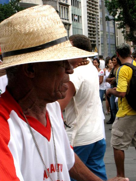 Seu Toinho, do Maracatu Nação Encanto da Alegria - Foto: Renata Teixeira
